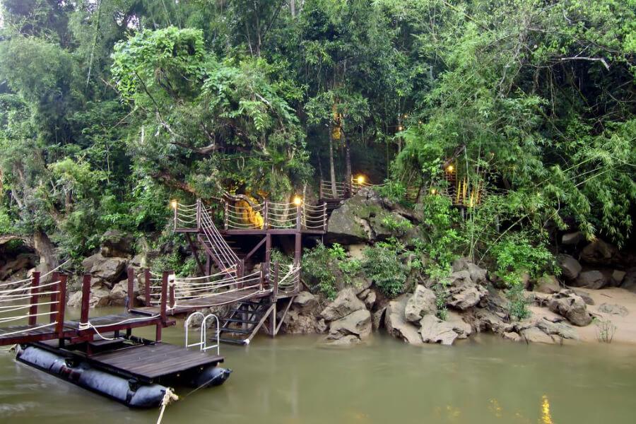 Kanchanaburi The Floathouse River Kwai Resort6