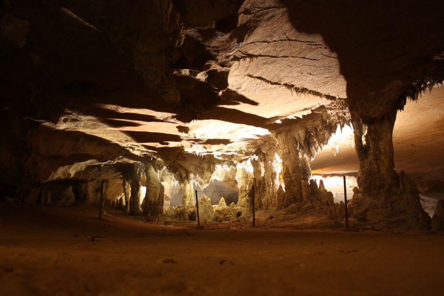 Laos Hin Boun Kong Lor Cave grot 2