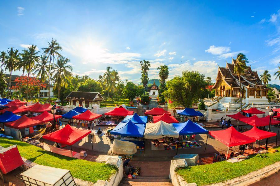 Laos Luang Prabang koninklijk paleis museum markt