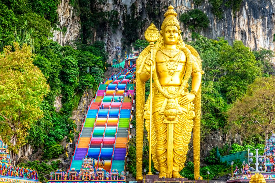 Maleisie Kuala Lumpur Batu Caves gekleurde trap 2