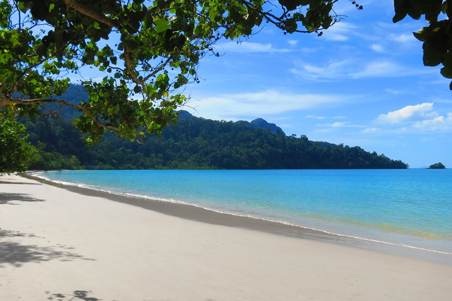 Maleisie Langkawi Verlaten strand