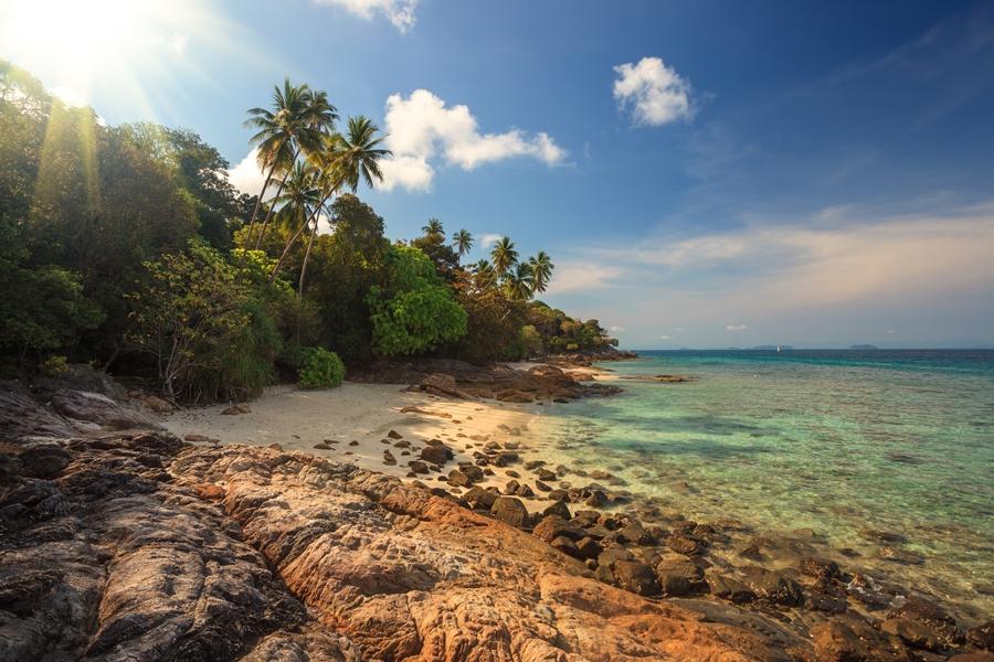 Maleisie Perhintians eilanden stenen strand