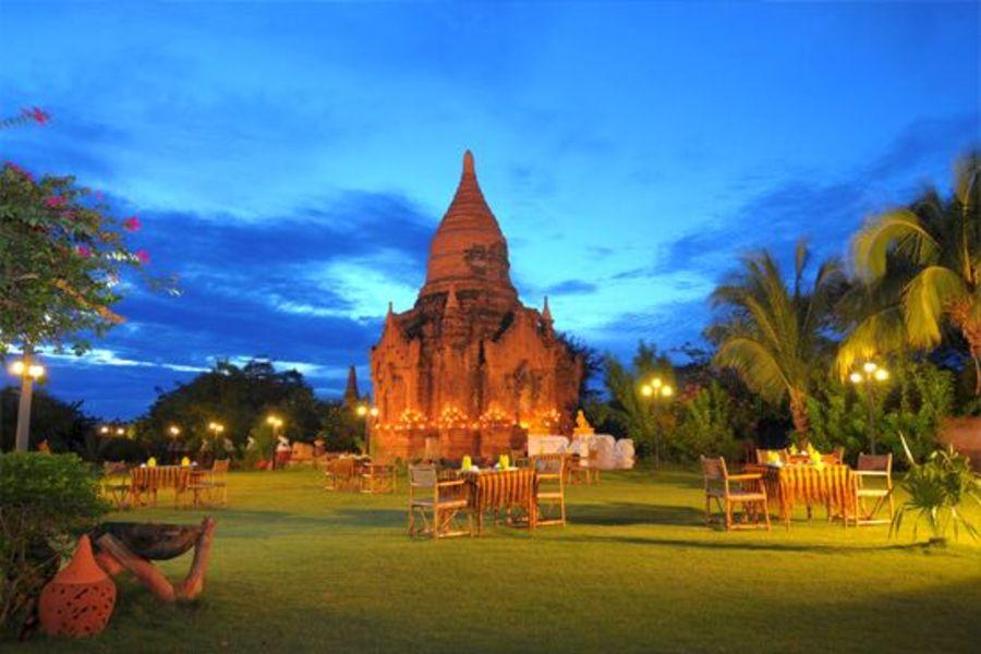 Myanmar Bagan Thazin Garden Hotel Pagode 04