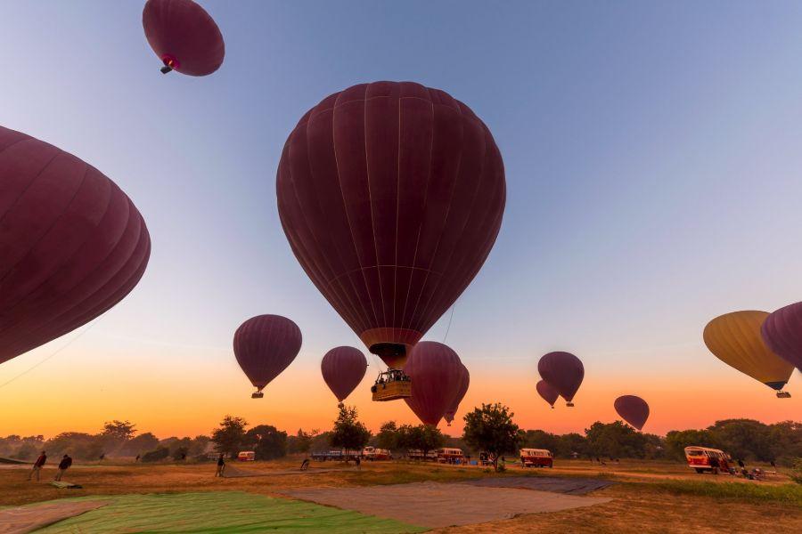 Myanmar Bagan luchtballon tempels uitzicht 3
