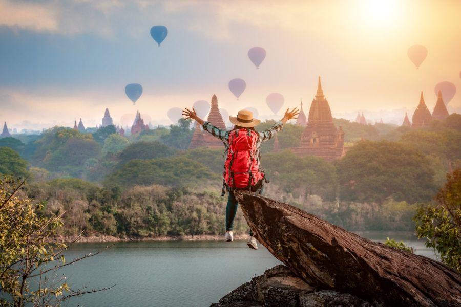 Myanmar Bagan luchtballon tempels uitzicht 5