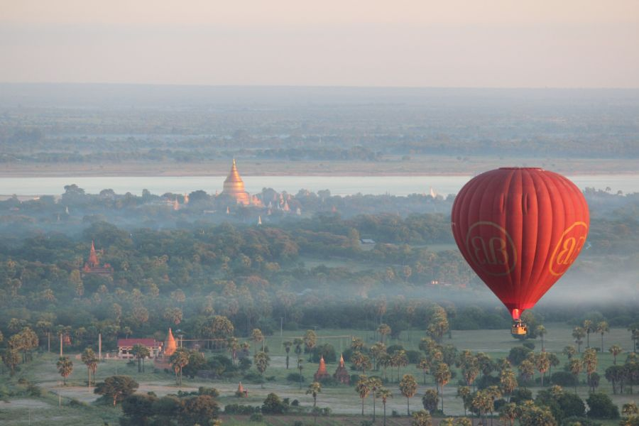 Myanmar Bagan luchtballon tempels uitzicht 6
