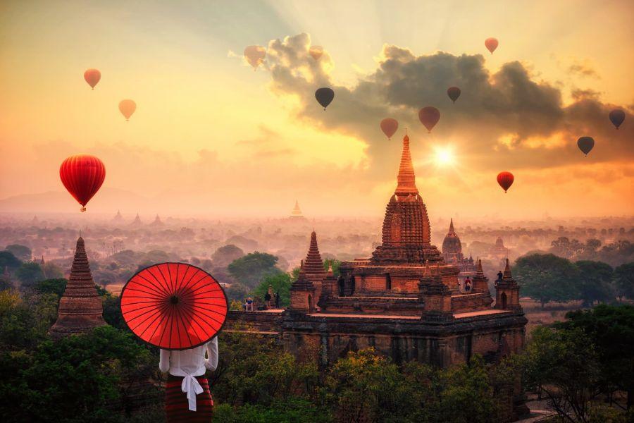 Myanmar Bagan luchtballon tempels uitzicht