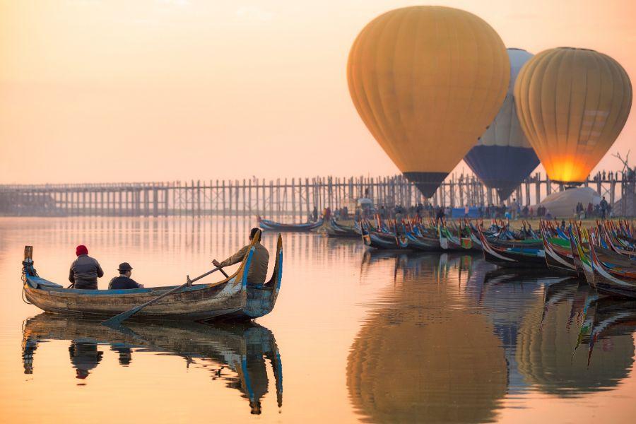 Myanmar Mandalay Irrawaddy rivier ballonvlucht