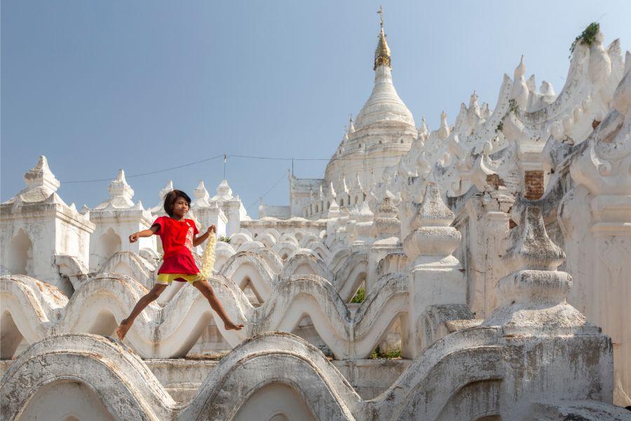Myanmar Mandalay Mingun pagode kind