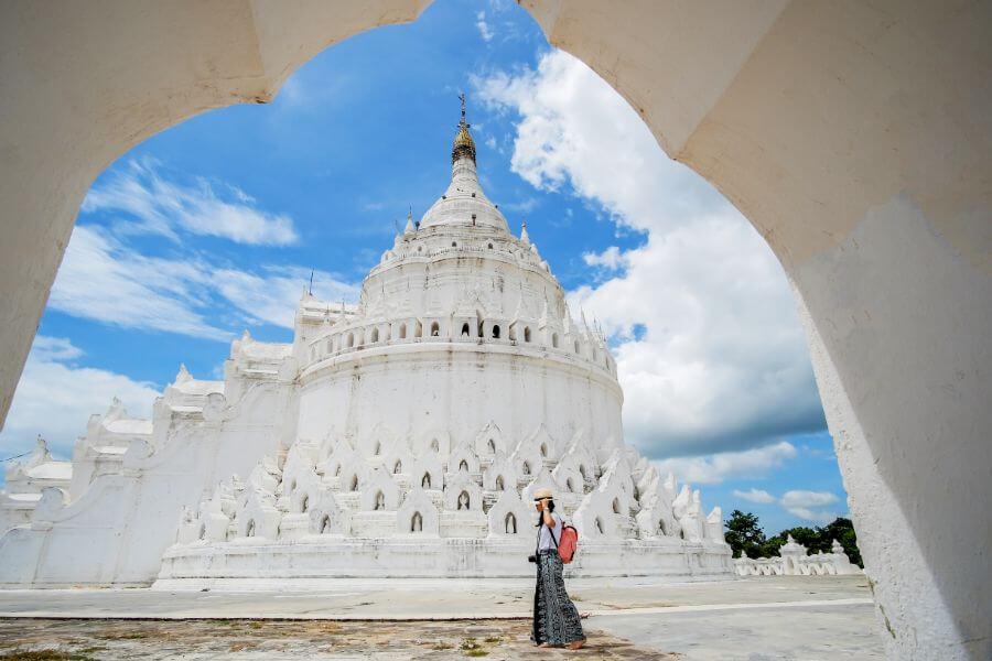 Myanmar Mingun Sagaing Mya Thein Tan pagode Hsinbyume toerist