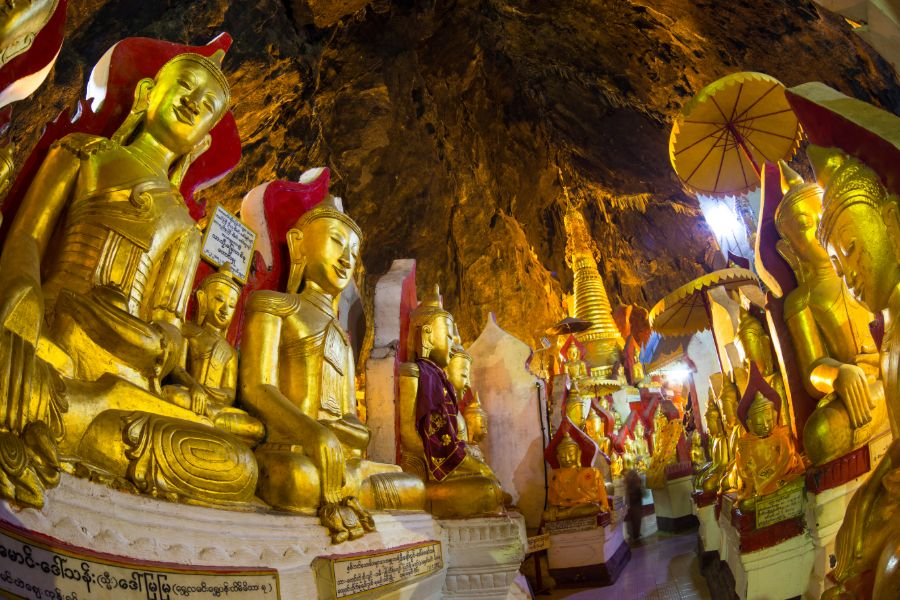 Myanmar Pindaya Pindaya grot gouden boeddha 1