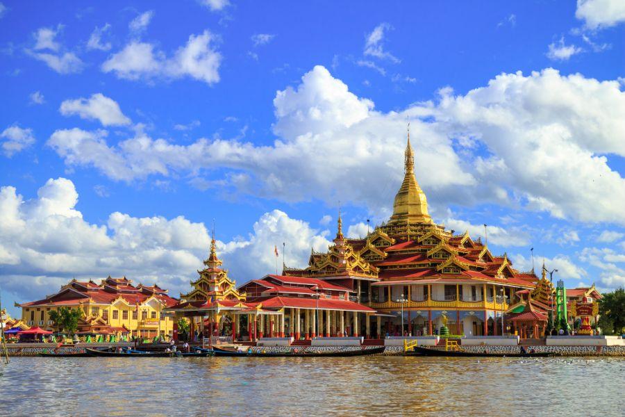 Myanmar Shan State Inle Lake Phaung Daw Oo Pagode
