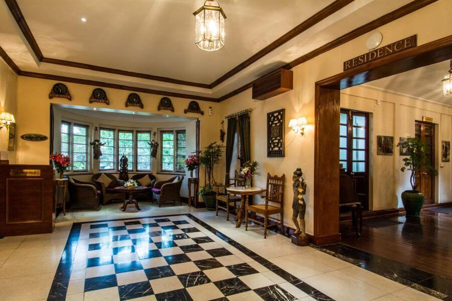 Myanmar Yangon Savoy Hotel Lobby 01