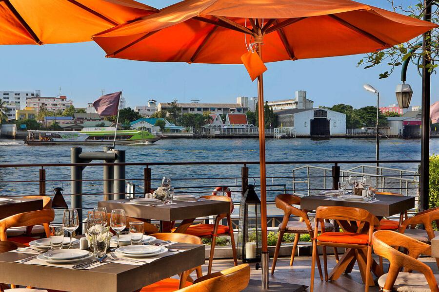 Thailand Bangkok Riva Surya Restaurant 02