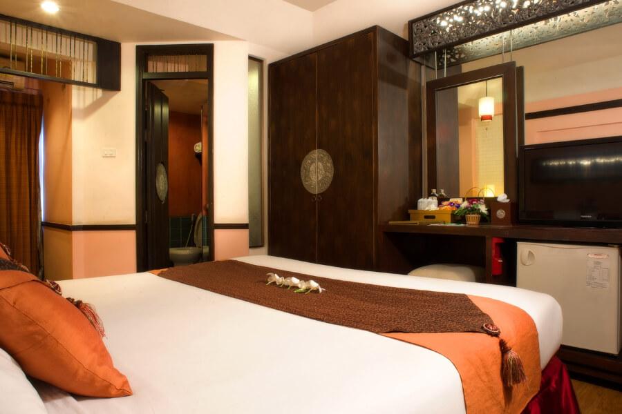 Thailand Chiang Mai Gate Hotel Superior Room 02