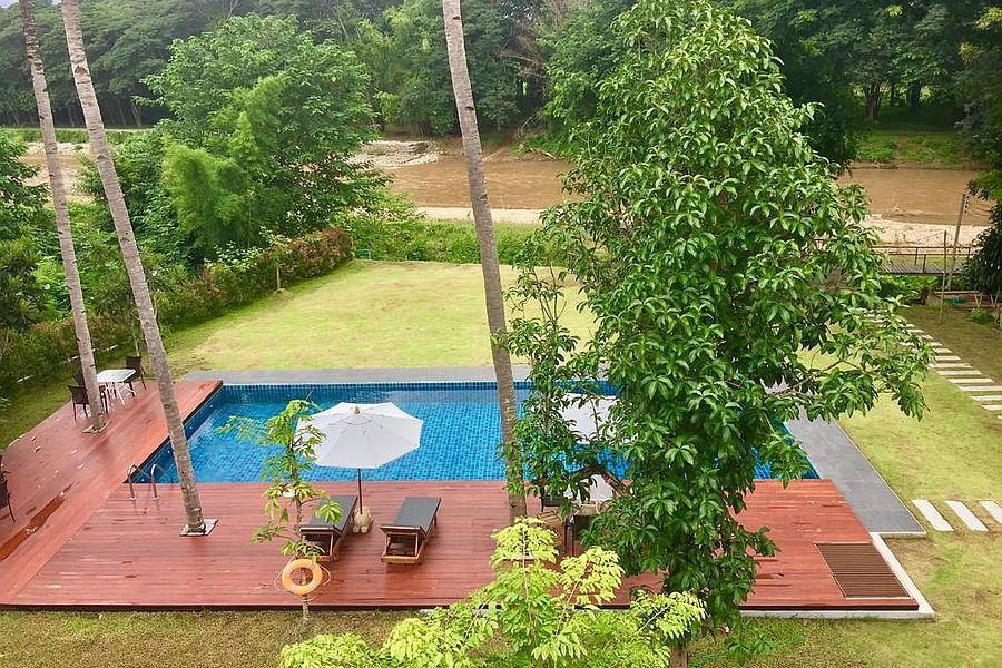 Thailand Hotel Mae Sariang Riverhouse Resort 2