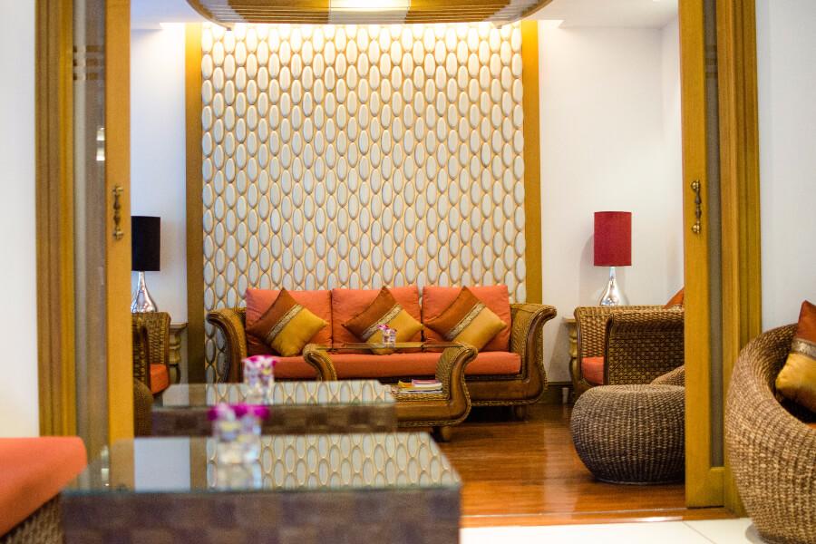 Thailand Hotel Navalai Bangkok Lounge 01
