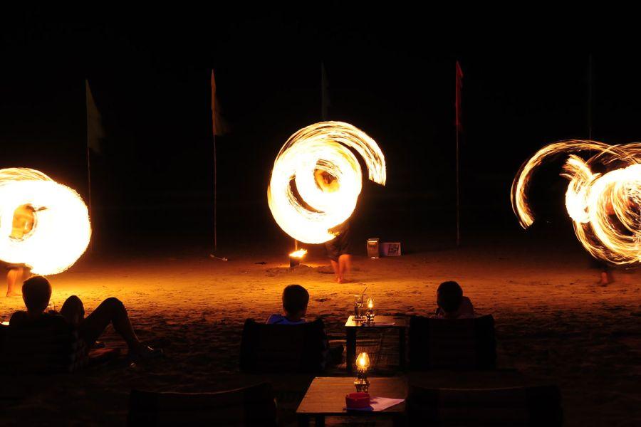 Thailand Koh Chang KC Grande Resort Strand vuurwerkshow