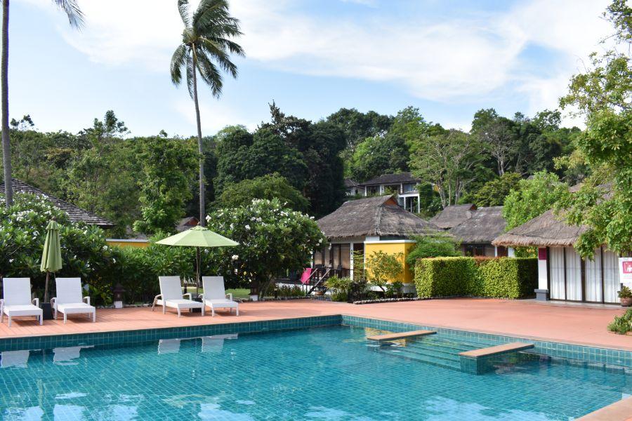 Thailand Koh Yao Yai GLOW Elixir zwembad 4