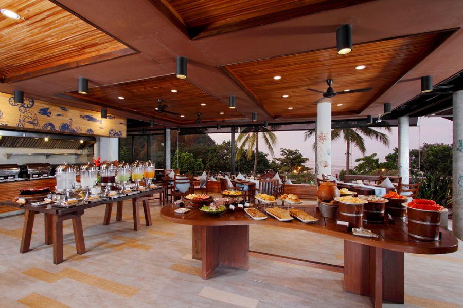 Thailand Krabi Holiday Inn Resort Krabi Restaurant ontbijt