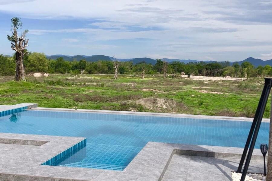 Thailand Phetchaburi I Love Phants Lodge 25