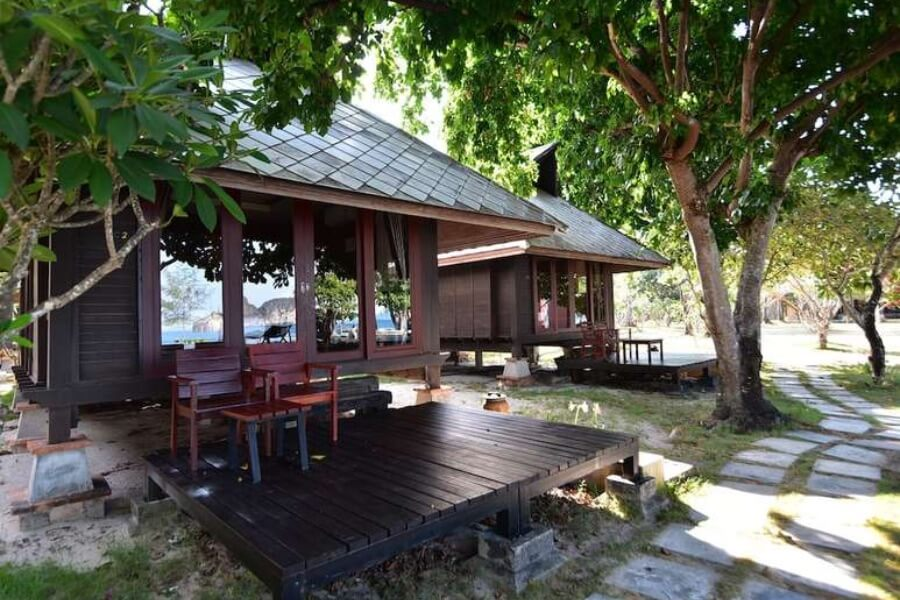 Thailand Trang Koh Ngai Thanya Beach Resort 14