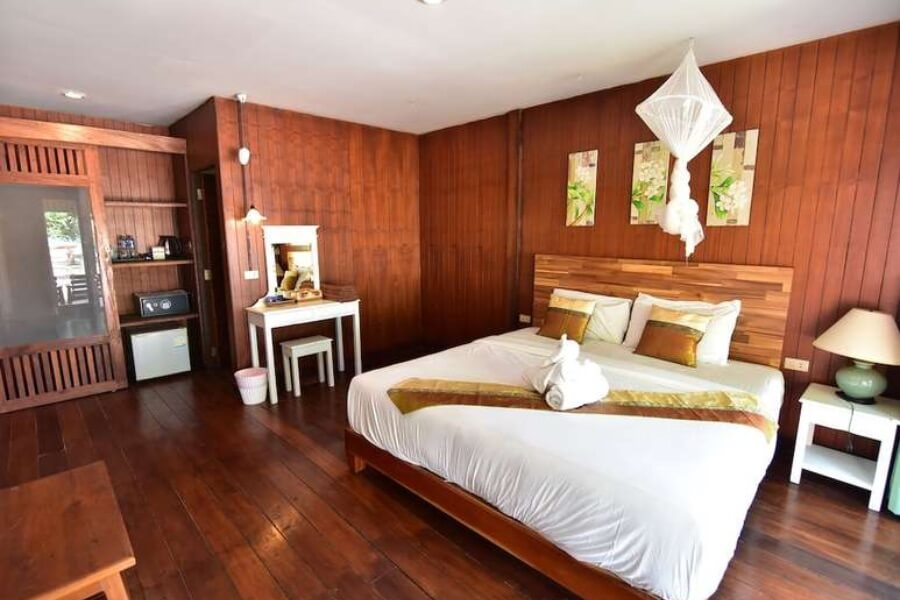 Thailand Trang Koh Ngai Thanya Beach Resort 18