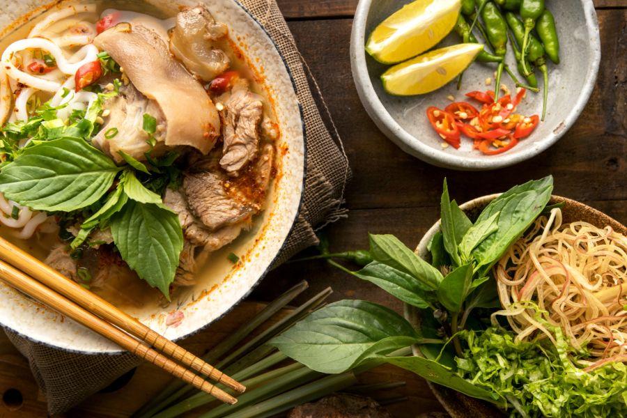 Vietnam Algemeen Vietnamese beef noodle soup