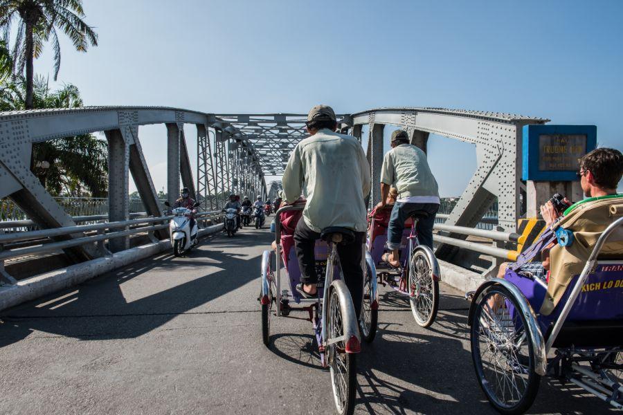 Vietnam Hue Cyclo