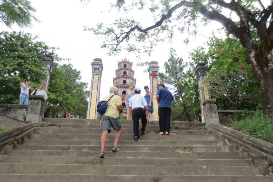 Vietnam Hue Tour