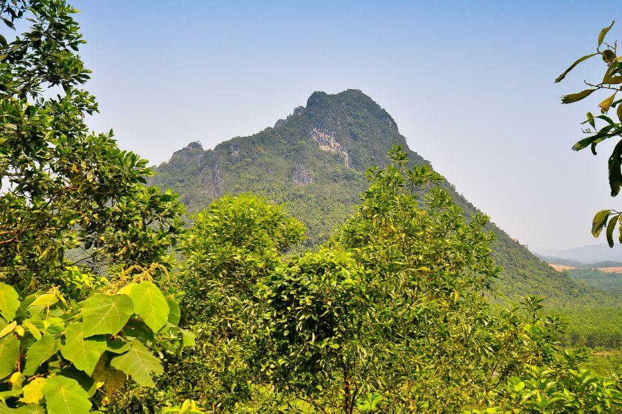 Vietnam Quang Tri Rockpile