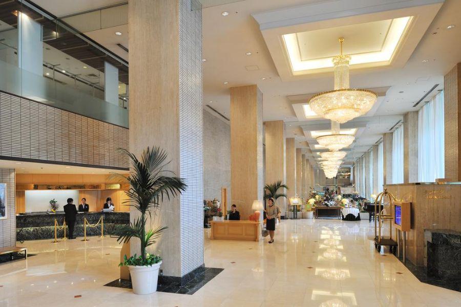 ANA Hotel Matsuyama lobby