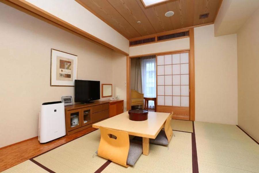 Hokke Club Hotel Osaka 3