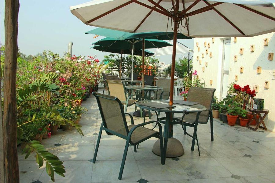 Colonel's Retreat, Delhi
