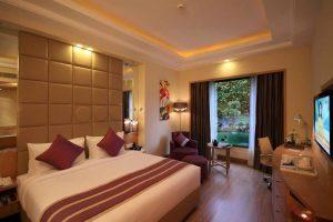 Hotel 'Golden Tulip'