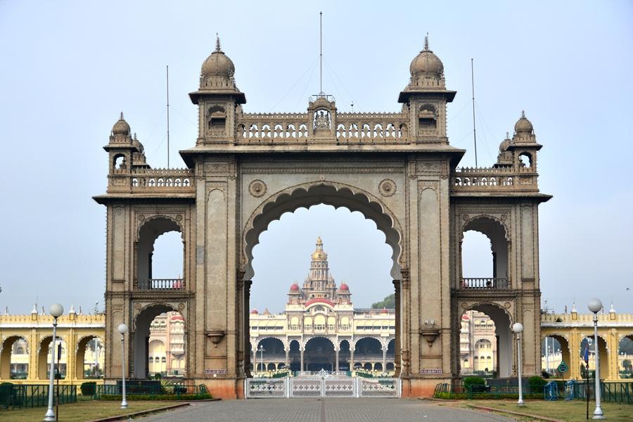 India Mysore Architectuur poort