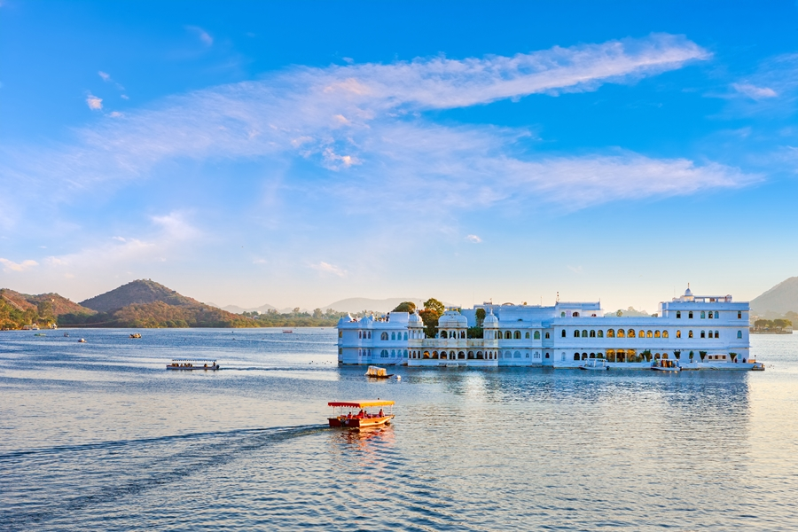 India Udaipur Taj Lake paleis Pichola meer
