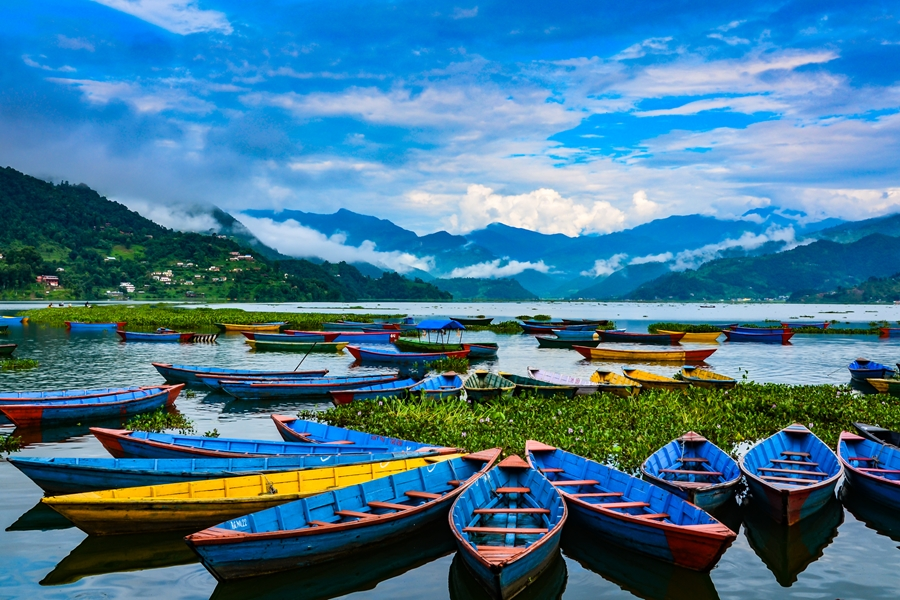 Nepal Pokhara Lake Phewa boten