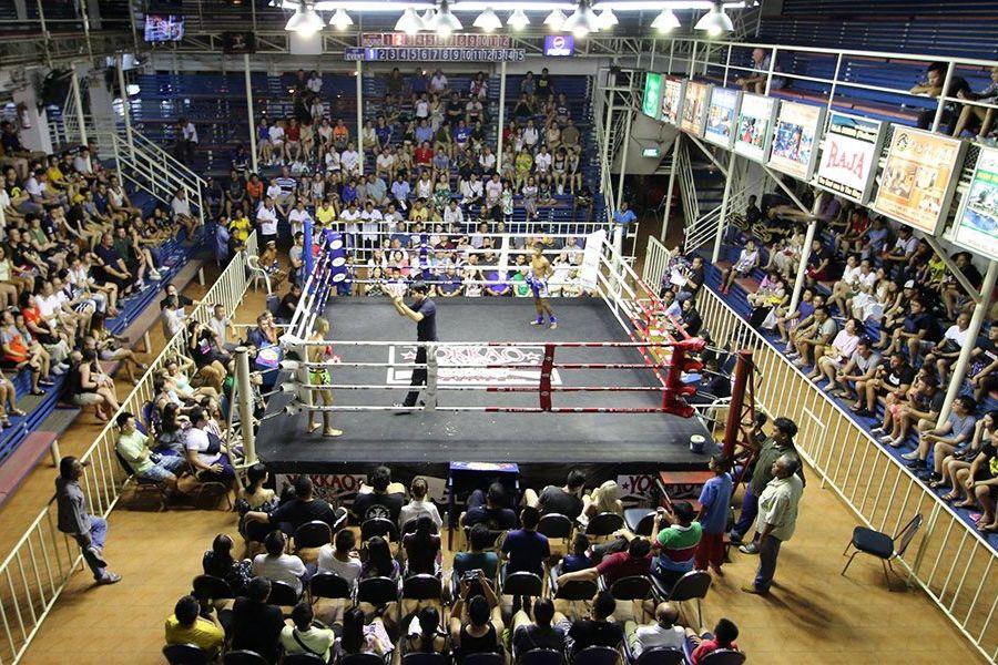 Muay Thai in het Bangla Boxing Stadium, Phuket