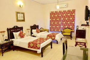 Hotel 'Suryaa Villa'