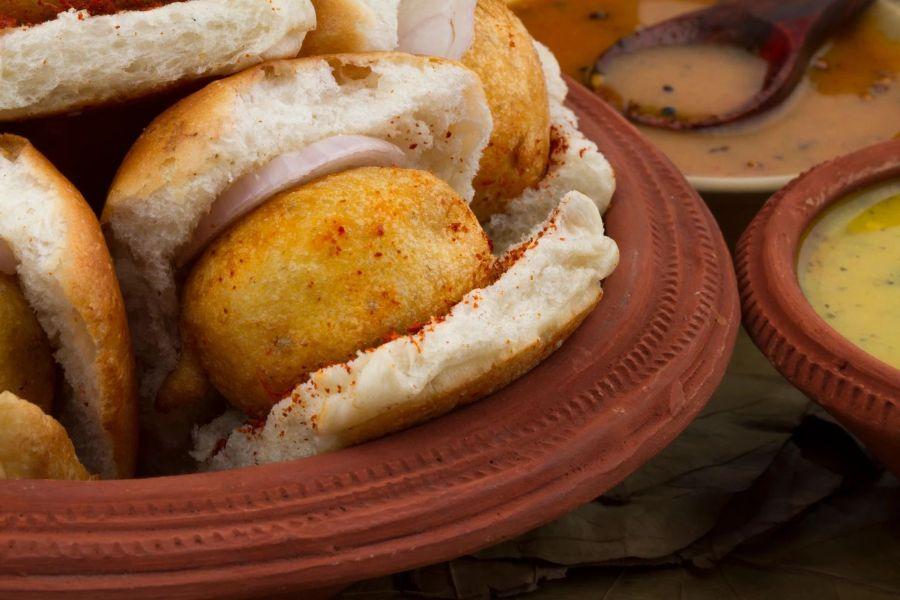 Vada Pav Indian food