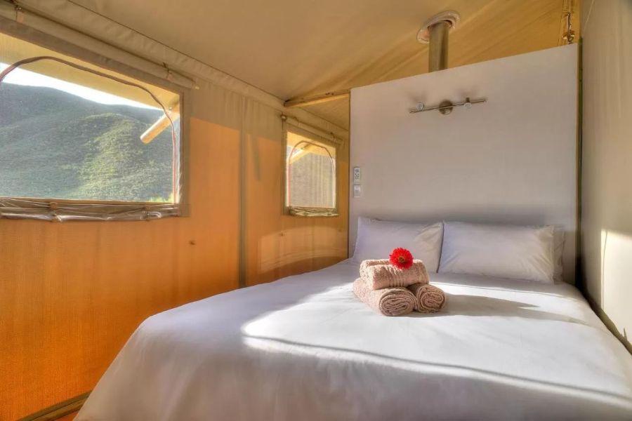 AfriCamps at Ingwe Plettenberg Bay Zuid Afrika slaapkamer