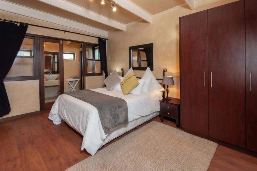 Aloe Guest House Hermanus Zuid Afrika slaap kamer