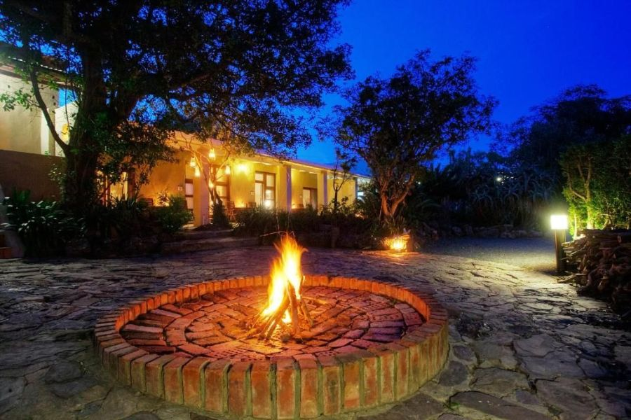 Bellevue Forest Reserve Paterson Zuid Afrika vooraanzicht lodges