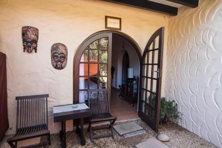 Zeranka Lodge Umhlanga Zuid Afrika ingang naar kamer