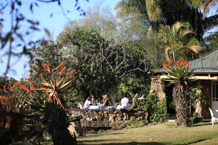 Reilly's Rock Hilltop Lodge Mlilwane Wildlife Sanctuary Zuid-Afrika tuin met uitzicht