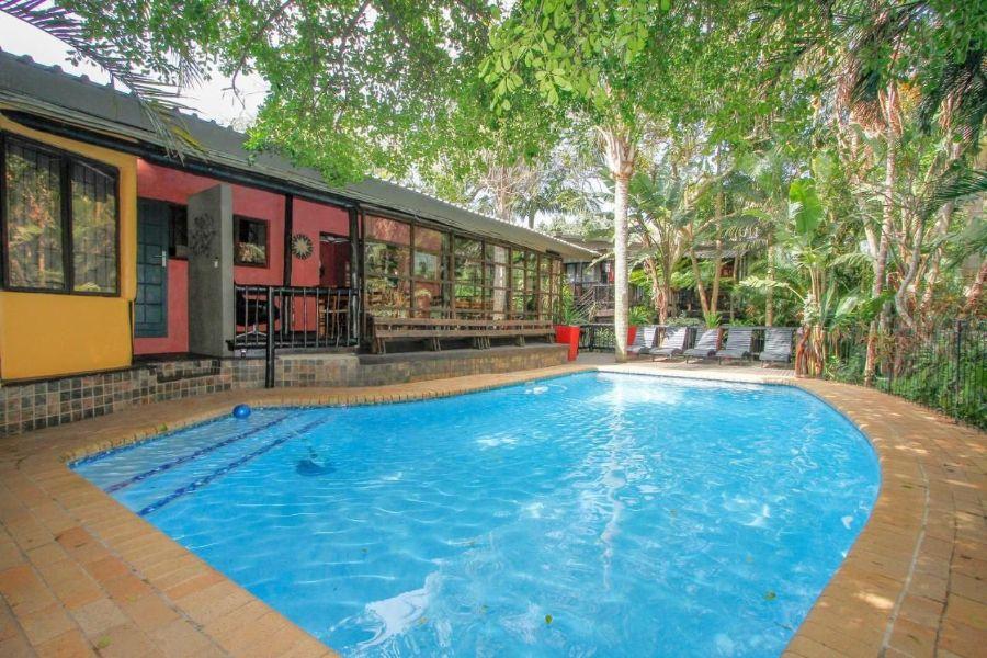 Umlilo Lodge St. Lucia Zuid-Afrika zwembad