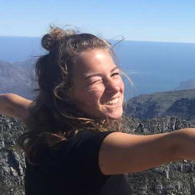 Julia, auteur van het artikel Loop mee met het Wildlife Friends Foundation tijdens jouw verblijf in een eco lodge
